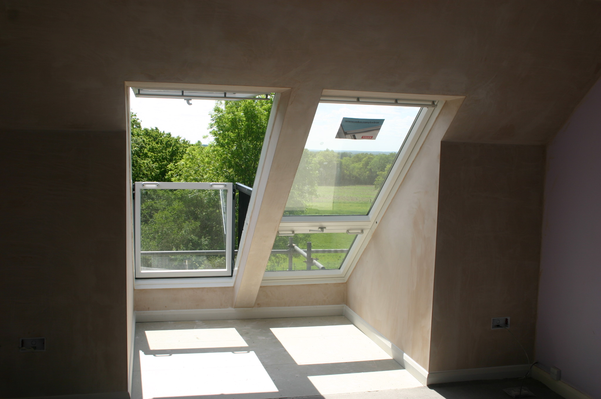 Velux cabrio window installer.